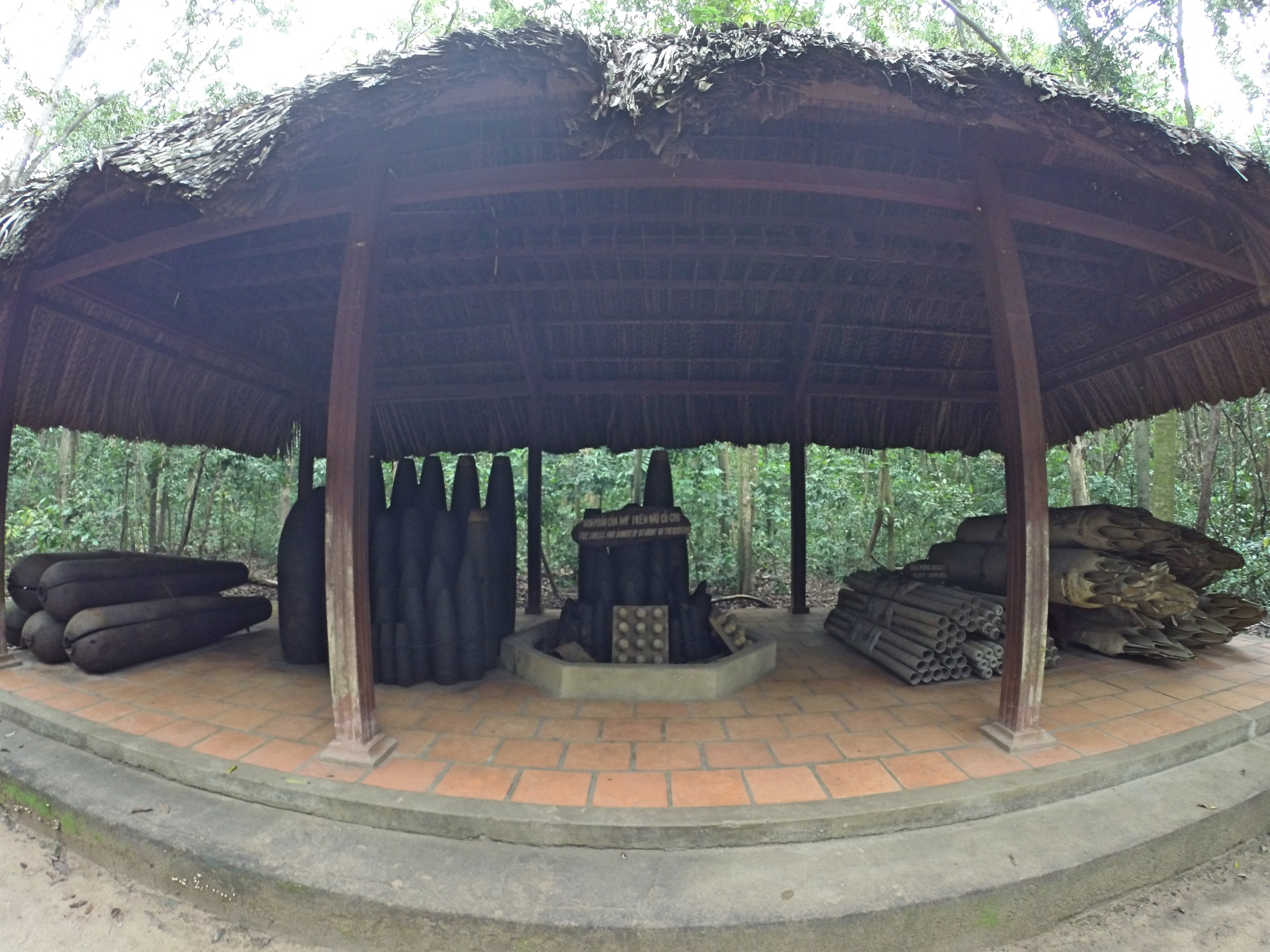Cu Chi Weapons